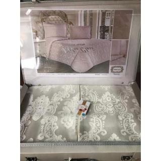Покрывало с наволочками Kubra Class полиэстер Serra 240x260 см+ 50x70 (2) белый 《Textiles-S》 — Папай | 80220-29297 • textiles-s-ts-01623 •